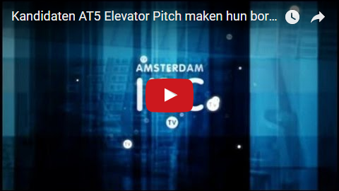 Kandidaten AT5 Elevator Pitch maken hun borst nat, met Elevator Pitch Trainer/Coach/Spreker Edo van Santen